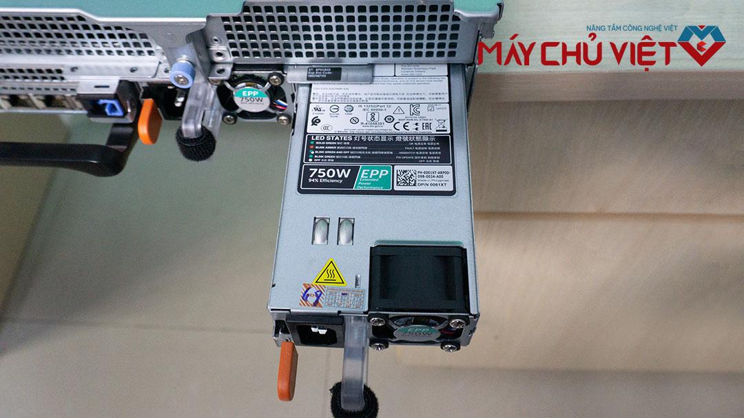 Nguồn của Dell PowerEdge R740