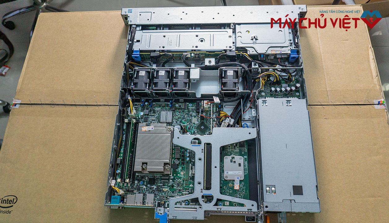 Tổng quan bên trong của Dell R340
